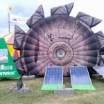 So einfach gehts, Solar statt Tagebaubagger. Die Greenpeace Jugend aus Halle hat hier mitgeholfen.