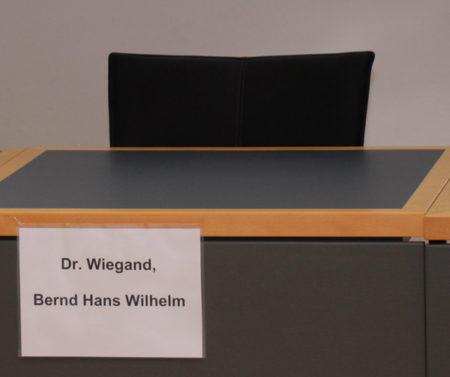 Halles Oberbrügermeister sitzt nach einem ersten Freispruch 2015 erneut auf der AnklagebankersB