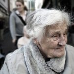 Kulturbegleitung im Alltag durch Menschen im Ehrenamt - Neues Angebot für Seniorinnen und Senioren