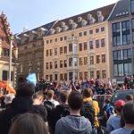 """""""Wir sind die Urheber"""" - Tausende in Magdeburg und Leipzig gegen Artikel 13 auf der Straße"""