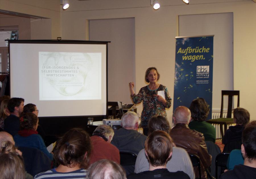 Silke Helfrich bei ihrer Buchvorstellung am 15. Mai in Halle